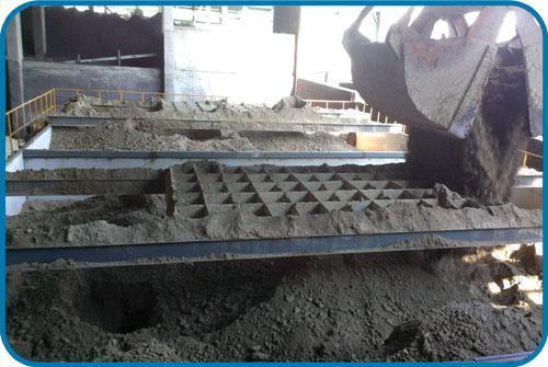 为什么说污泥料仓设备更适合处理洗沙厂污泥废水?